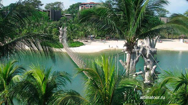 Сингапур остров Сентоза вид на мост в южную точку Азии