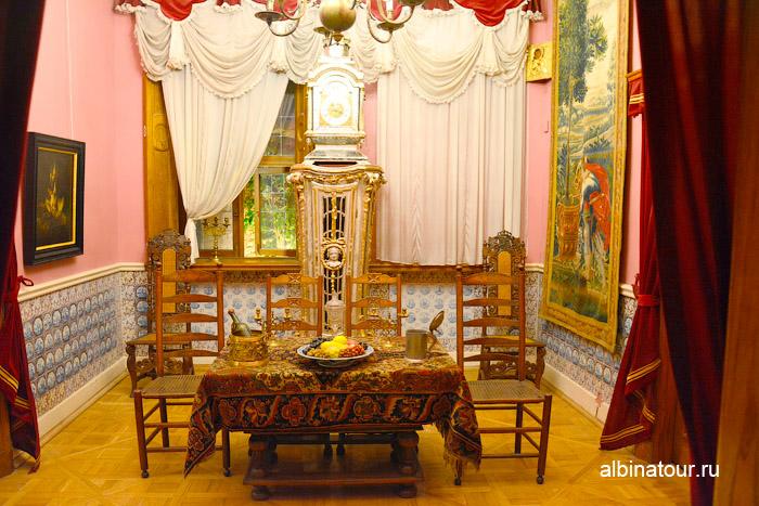 Фото столовой Зимнего дворца Петра