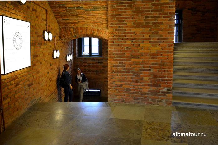 Новая Голландия Петербург фото здание Бутылка лестница со второго на третий этаж