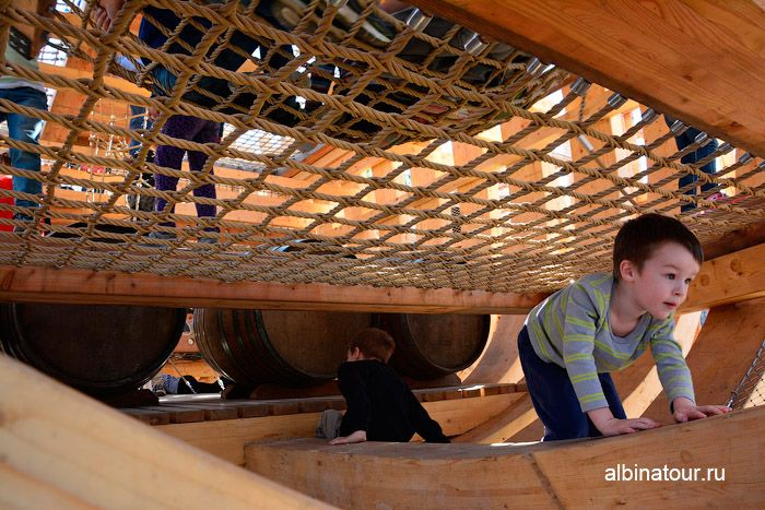 Новая Голландия Петербург фото лодка фрегат внутри