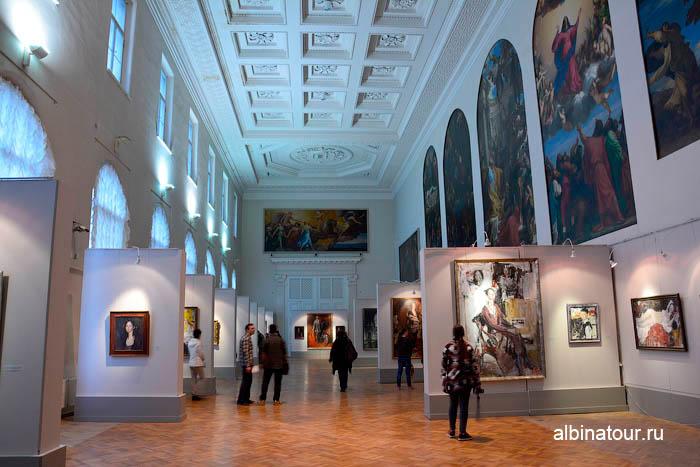 Тициановский зал музей Академии художеств в СПб