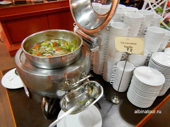 Фото суп Том Ям в ресторане на шоу