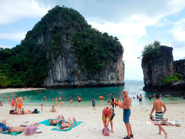 Фото Пляж на против лагуны Ko Hong Krabi