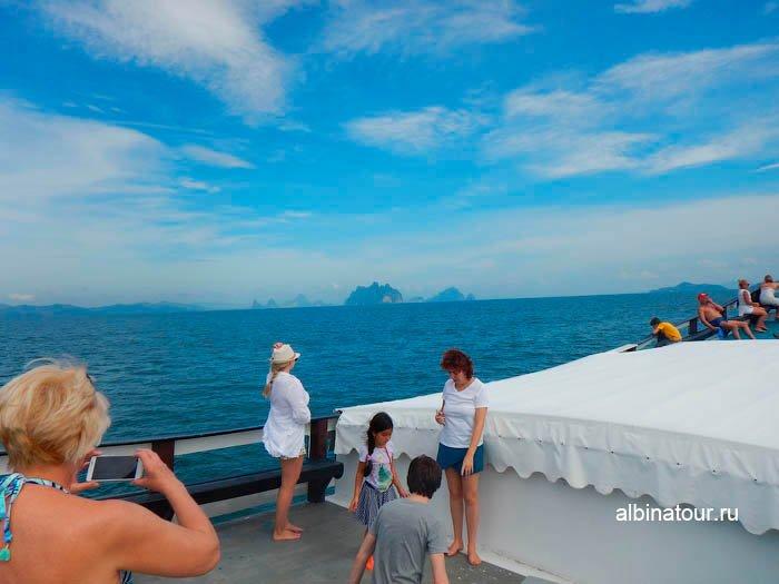 Фото верхней палубы на корабле