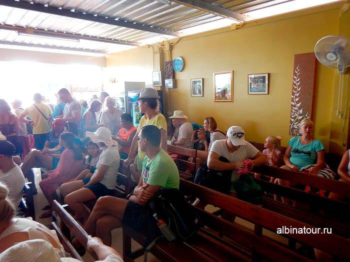 Фото место ожидания в порту Ао По Пхукет