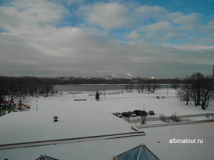Вид на реку Волхов зимой из отеля