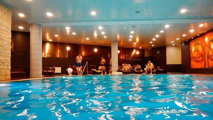 СПА цент Береста отель Парк Инн Великий Новгород бассейн фото