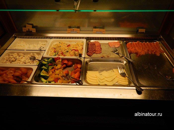 Фото колбасы, сыр, соленная рыба, овощи в ресторан Biskvit ForRestmix club | Форрестмикс клуб в Репино