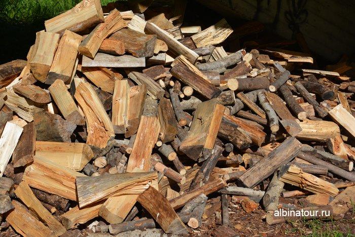 Фото дрова для барбекю в кемпинге Хухтинием | Huhtiniemi camping в Лаппеенранте