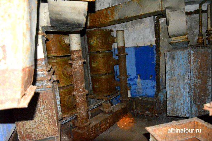 Форт Красная горка остатки систем жизни обеспечения в казематах фото