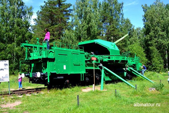 Артиллерийский транспортер ТМ-1-180 в форте Красная горка фото