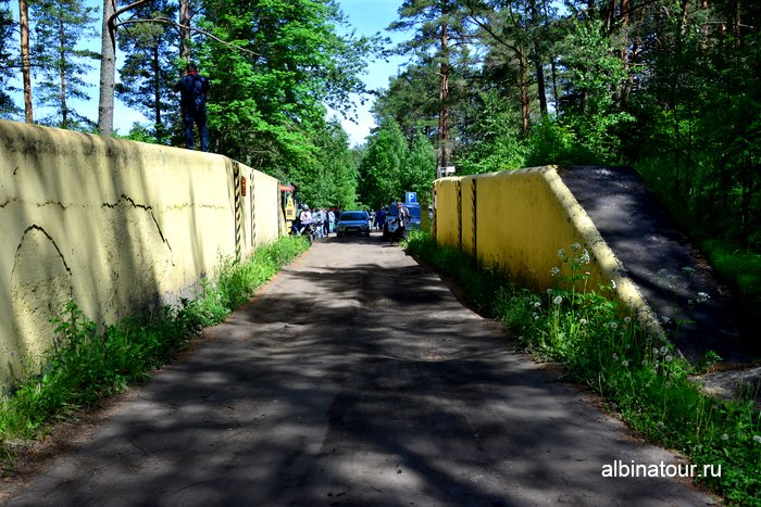 Форт Красная горка железнодорожные ворота Ленинградская область